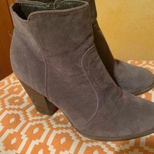 Dk Gray booties